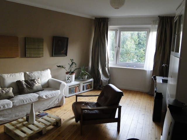 Central sunny room Alster Lake - Hamburg - Bed & Breakfast