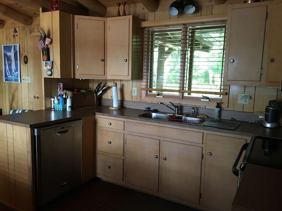 full modern kitchen with dishwasher