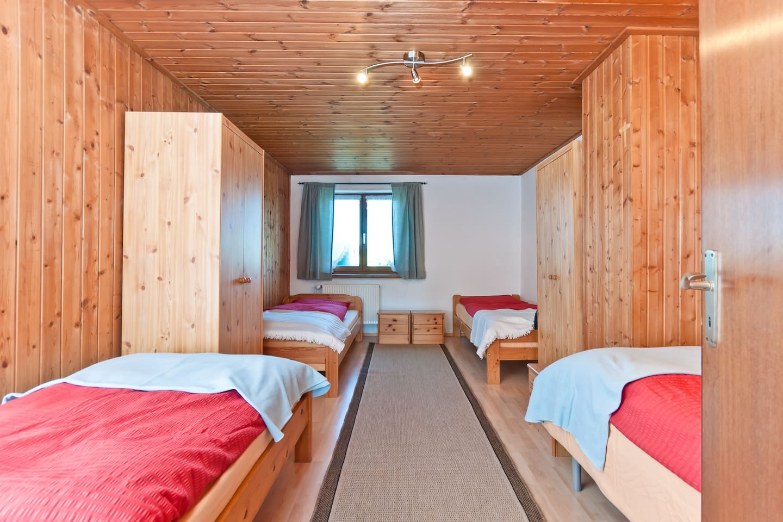 Munich cosy 4-Bed Room +own kitchen