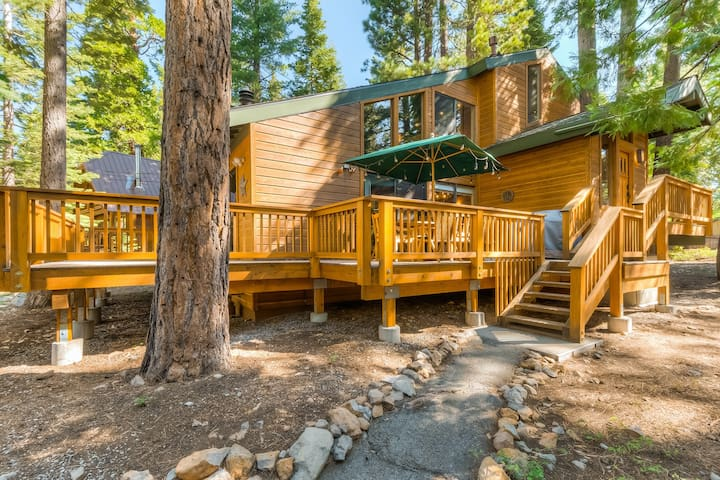 NEW LISTING! Updated home w/ a large deck - close to all that Tahoe has to offer