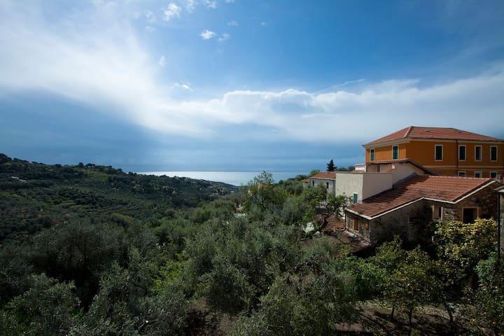 antica casa vista mare - Diano San Pietro
