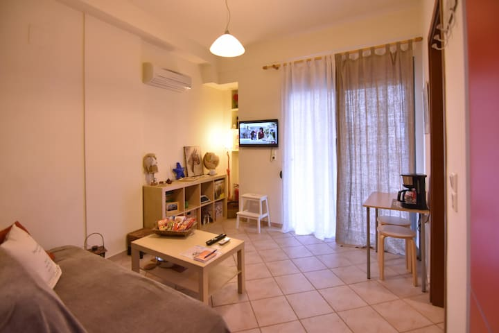 Rosso  city centre apartment