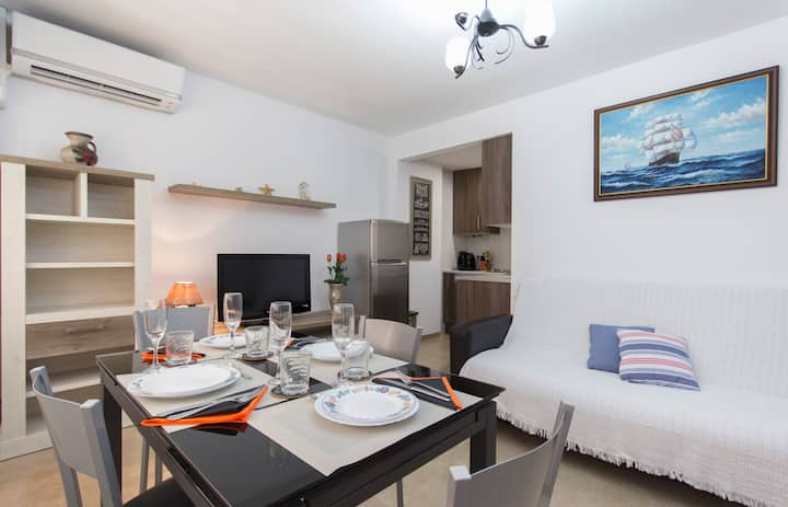 Amazing apartment in Salou centre and Beach