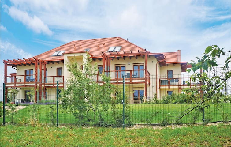 Holiday apartment with 2 bedrooms on 59m² in Balatonakali