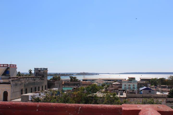 Colonial Martha 3 (Alojamiento Centro Cienfuegos)