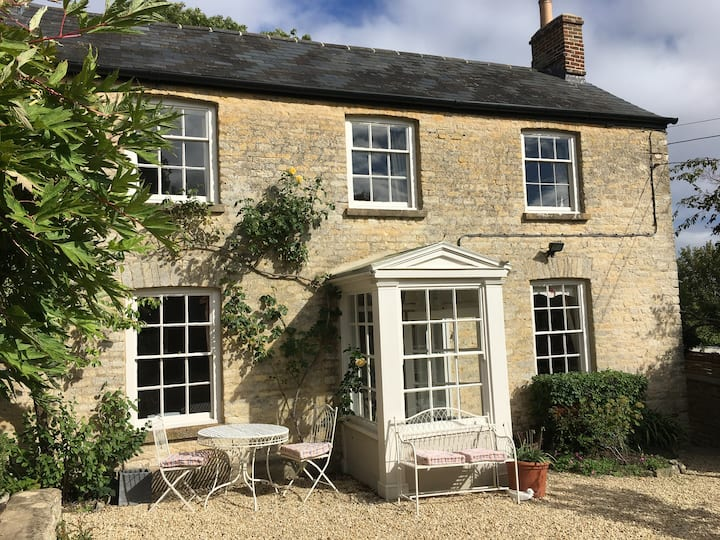 Luxury Cotswold Cottage