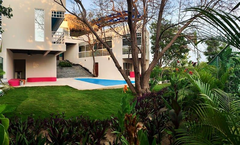 Villa Lux Playa Oaxaca