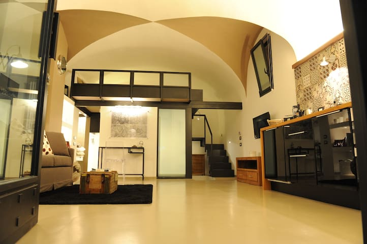 BRAND NEW!!! COloftSSEUM studio - Roma - Loft