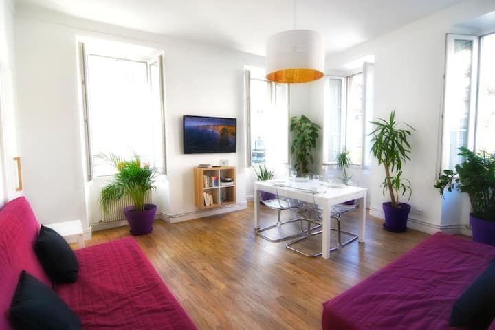 Sunny appartement in trendy area
