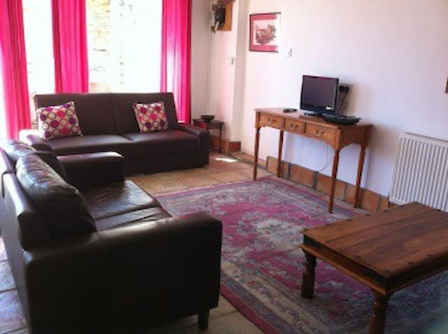 Driftwood - 1 bed apartment, Sea Views - Portreath - Apartment