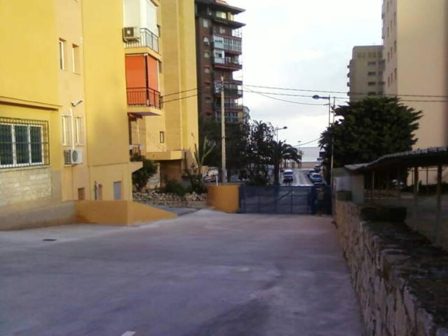 Entrada urbanizacio