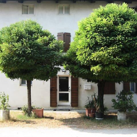 Stanza Matrimoniale Bombay - Mortegliano - House