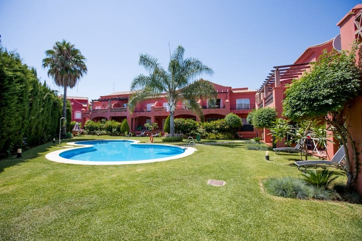 Cozy 2 Bedroom flat by Olivia Valere&Puerto Banus