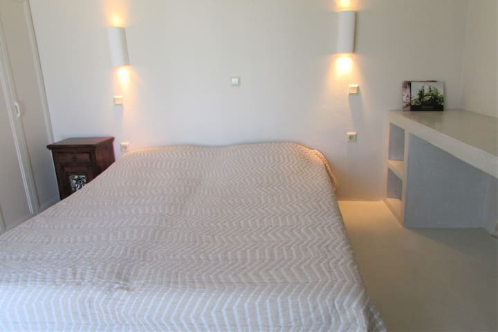 Main bedroom, ground floor