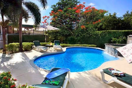 *Villa Verandah* Great  Pool*Near Beach* air cond! - Tamarind Bay