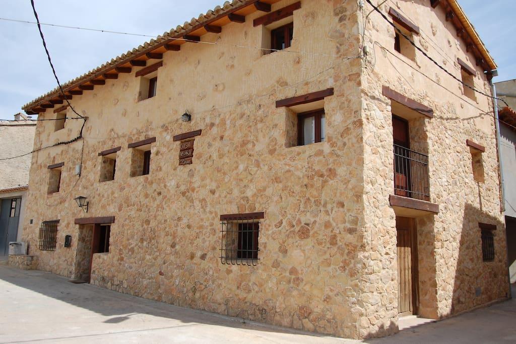 Bonita casa de pueblo restaurada