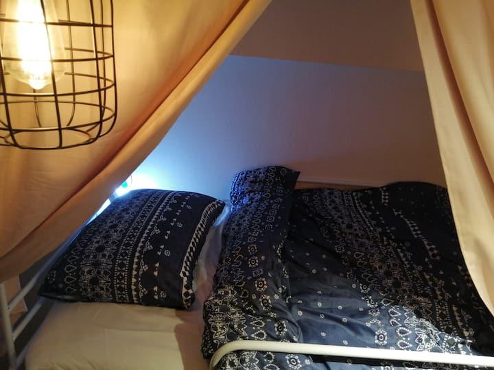 女性専用ドミトリー Ladies only confortable dormitory bed2