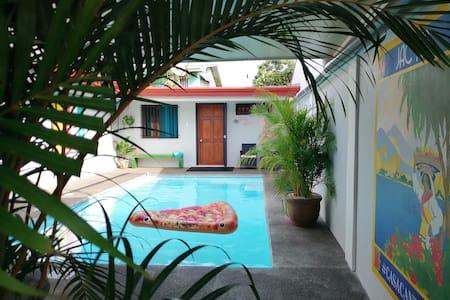 Private pool Private apt not a condominium