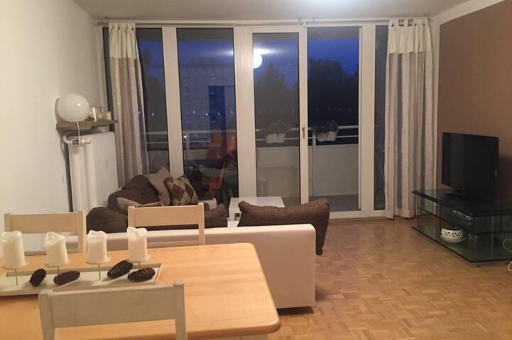 Sehr zentrale Zwei-Zimmer Wohnung
