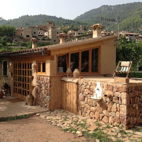 Bucólico huerto con casita - Fornalutx
