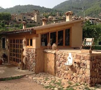 Bucólico huerto con casita - Fornalutx - Ev