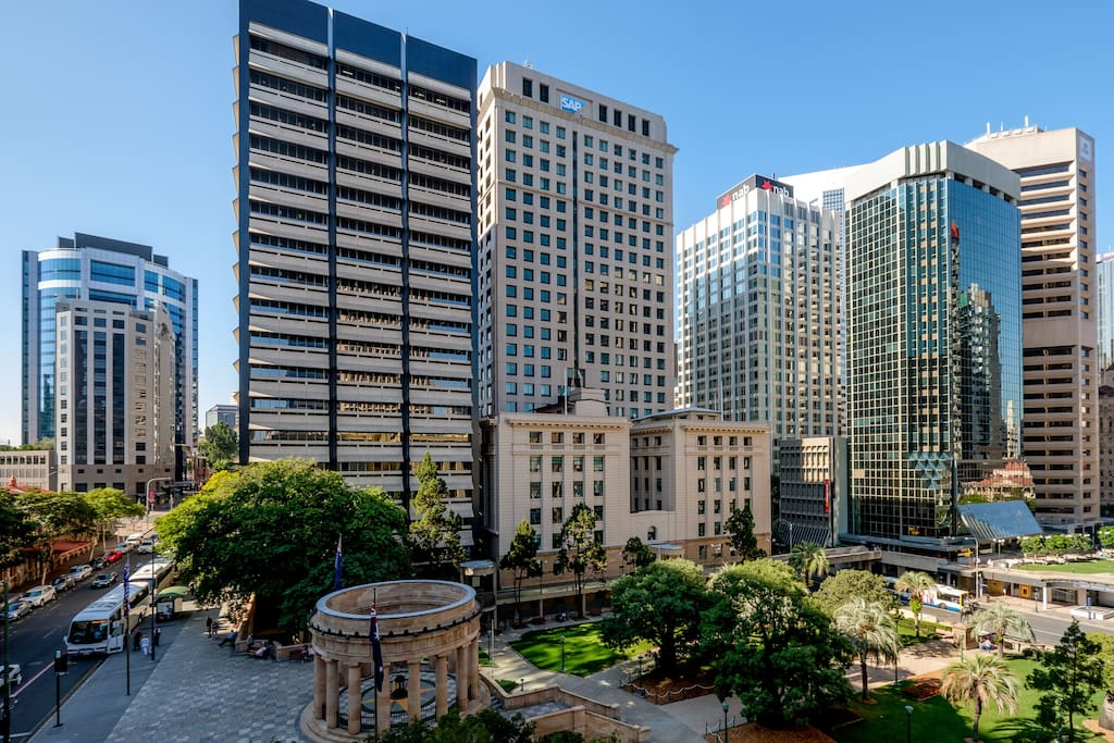 Heart of the CBD - Walking distance to everywhere ...