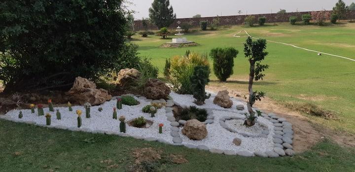 Charming Farm House & Pool with latest facilities
