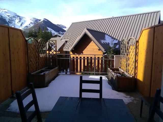 Beau studio 4 couchages à Auron