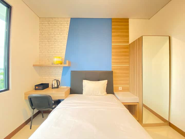 Comfortable Studio Semi Apartment The Lodge Paskal
