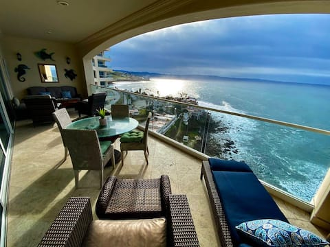 Las Olas Sunset and Oceanfront Paradise