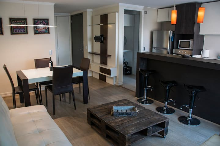 Kennedy Premium Apartment at Parque Arauco Mall II