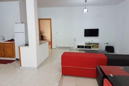 Bel appartement à 5 min de la zone touristique - Sousse - 公寓