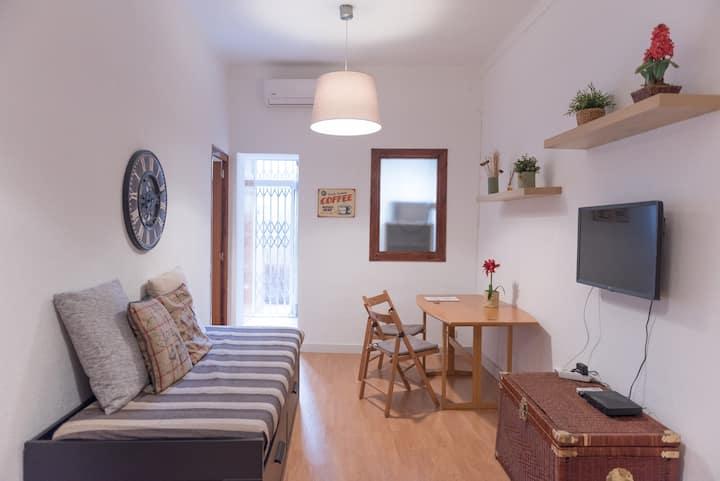 Sweet BCN - Studio with Terrace