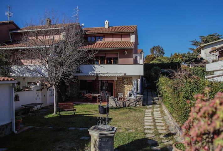 Villa Anti