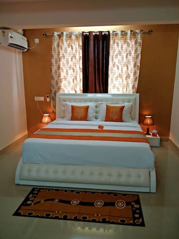 5min Drive to Bo(SENSITIVE CONTENTS HIDDEN)o &Hollant Goa - Dabolim - Bed & Breakfast