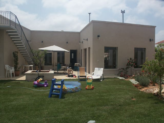 big and special privet home  - Gedera - Вилла