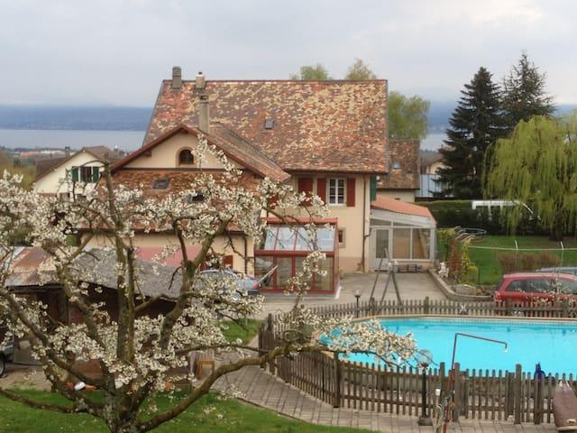 Priv. room betw. Geneva & Lausanne - Aubonne - Dom
