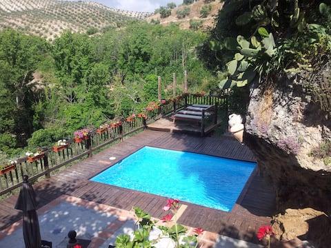 El Tajil, WIFI, jacuzzi, piscine, BBQ, Alhambra