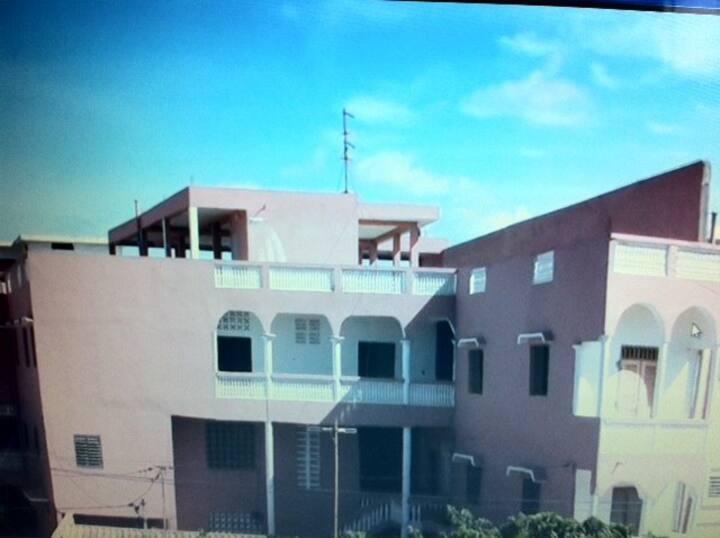 Appartement de 250 m2 Ouakam