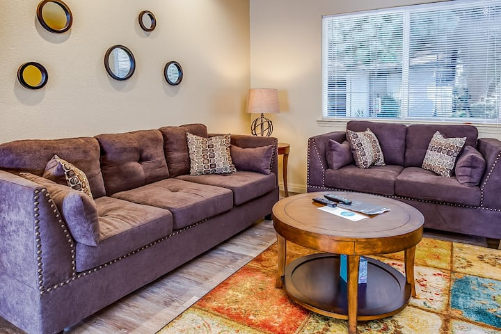 ★ Long-Term Stays Welcome | Privacy, Pool & Secluded Patio