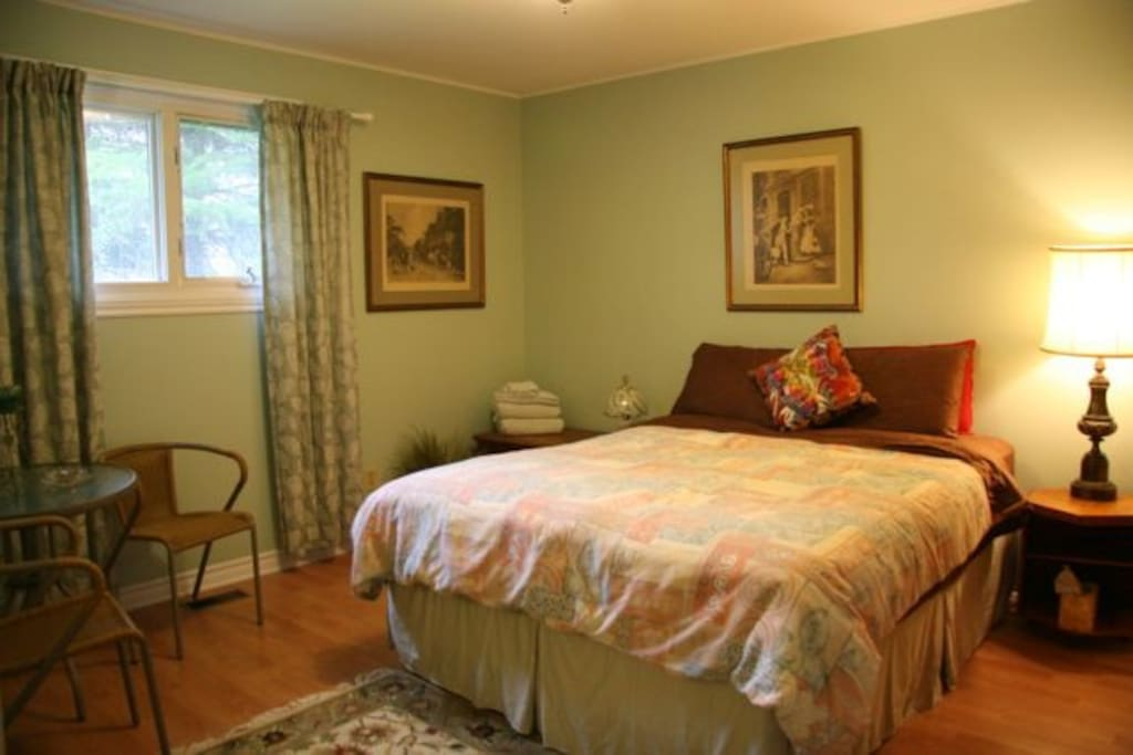 Riverview Room. Most popular with WiFi & workspace.