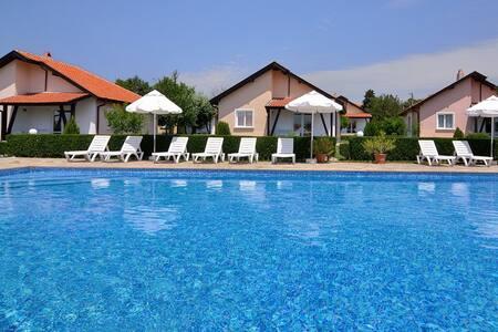 Sunny Hills Villas - Bryastovets - Σπίτι