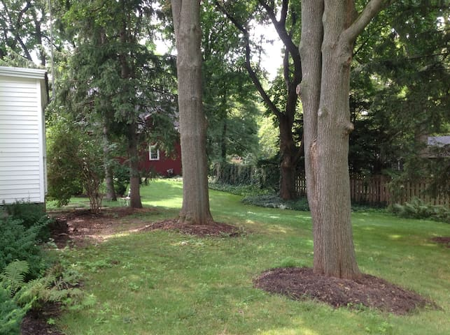 2 Bedroom House - Pittsford Village - Pittsford