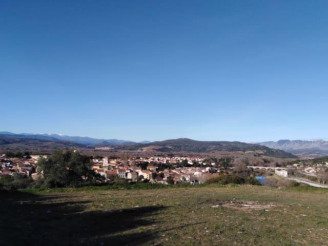 Maison avec jardin, sur les hauteurs d'Estagel