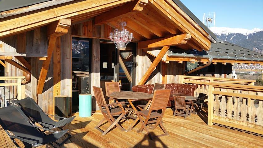 Loue à la semaine CHALET / 4  chambres. 125m2 - Bourg-Saint-Maurice - อพาร์ทเมนท์