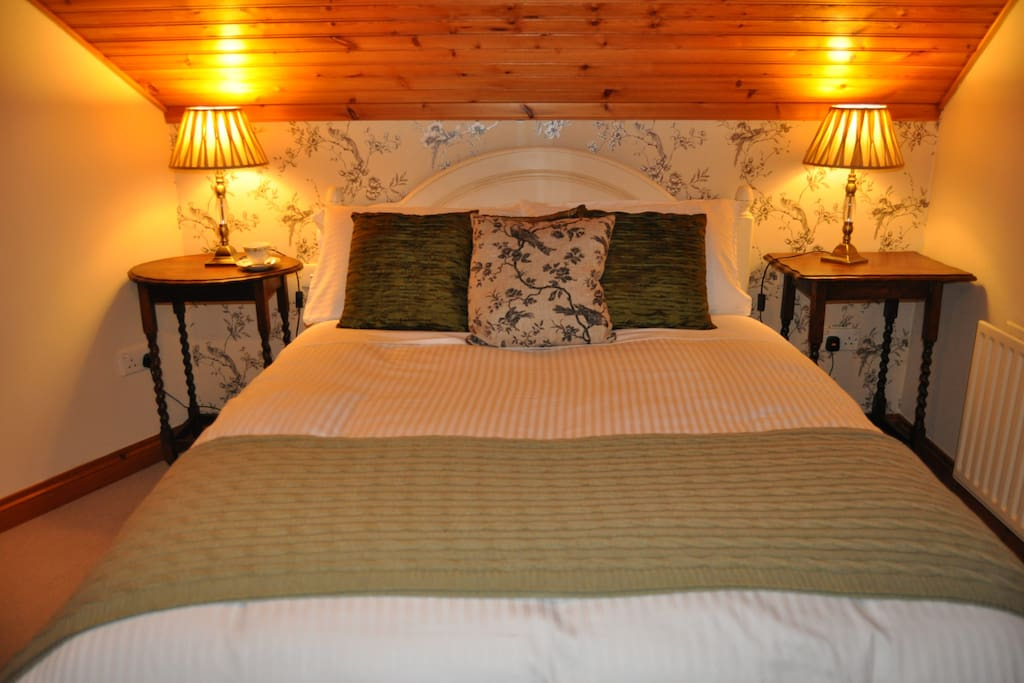 The Táin Room furnished with Antique furniture and  hand painted furniture