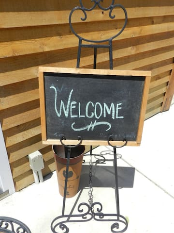 Welcome guests!