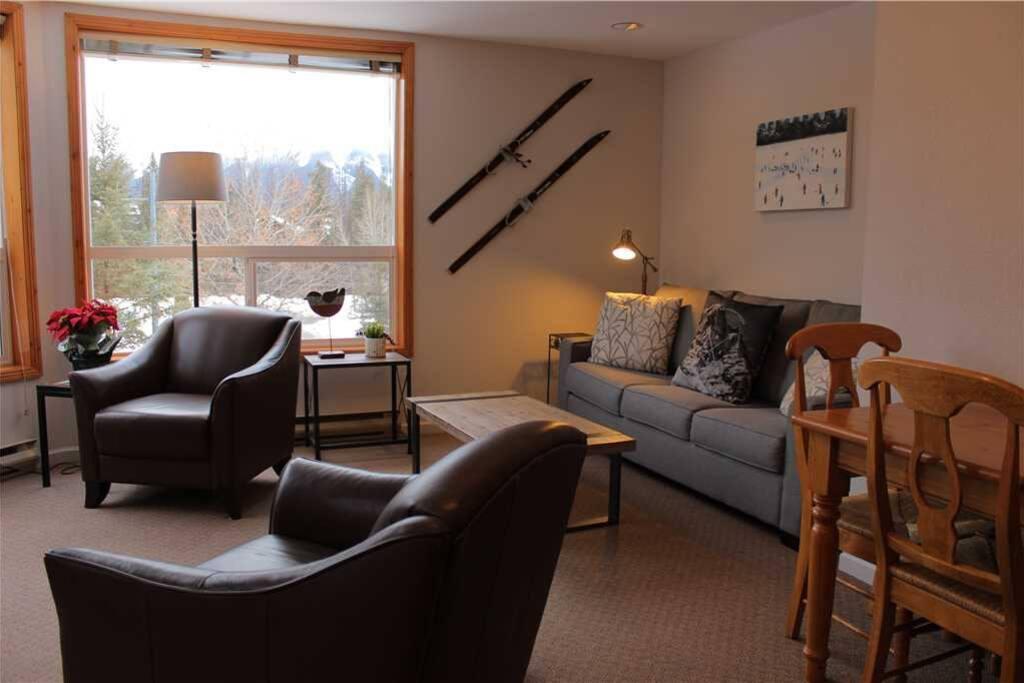 T326 Living Room 3
