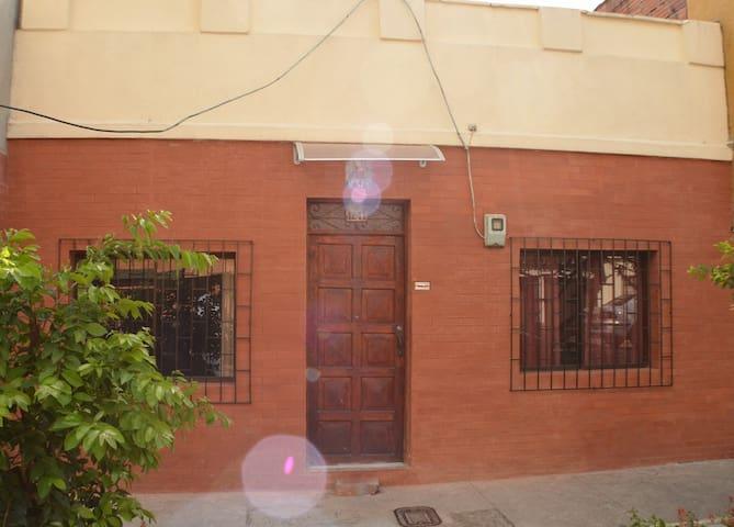 Apartaestudio vacaciones  -Laureles - Medellín - Apartamento