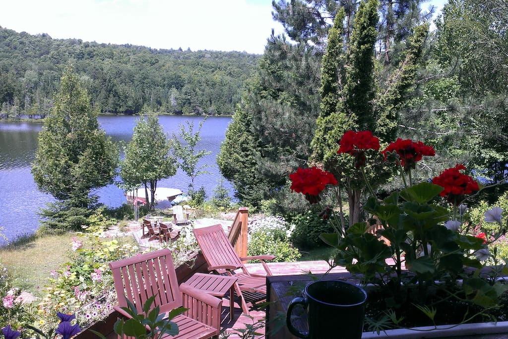 chalet au bord du lac la fantaisie chalets for rent in wentworth nord canada